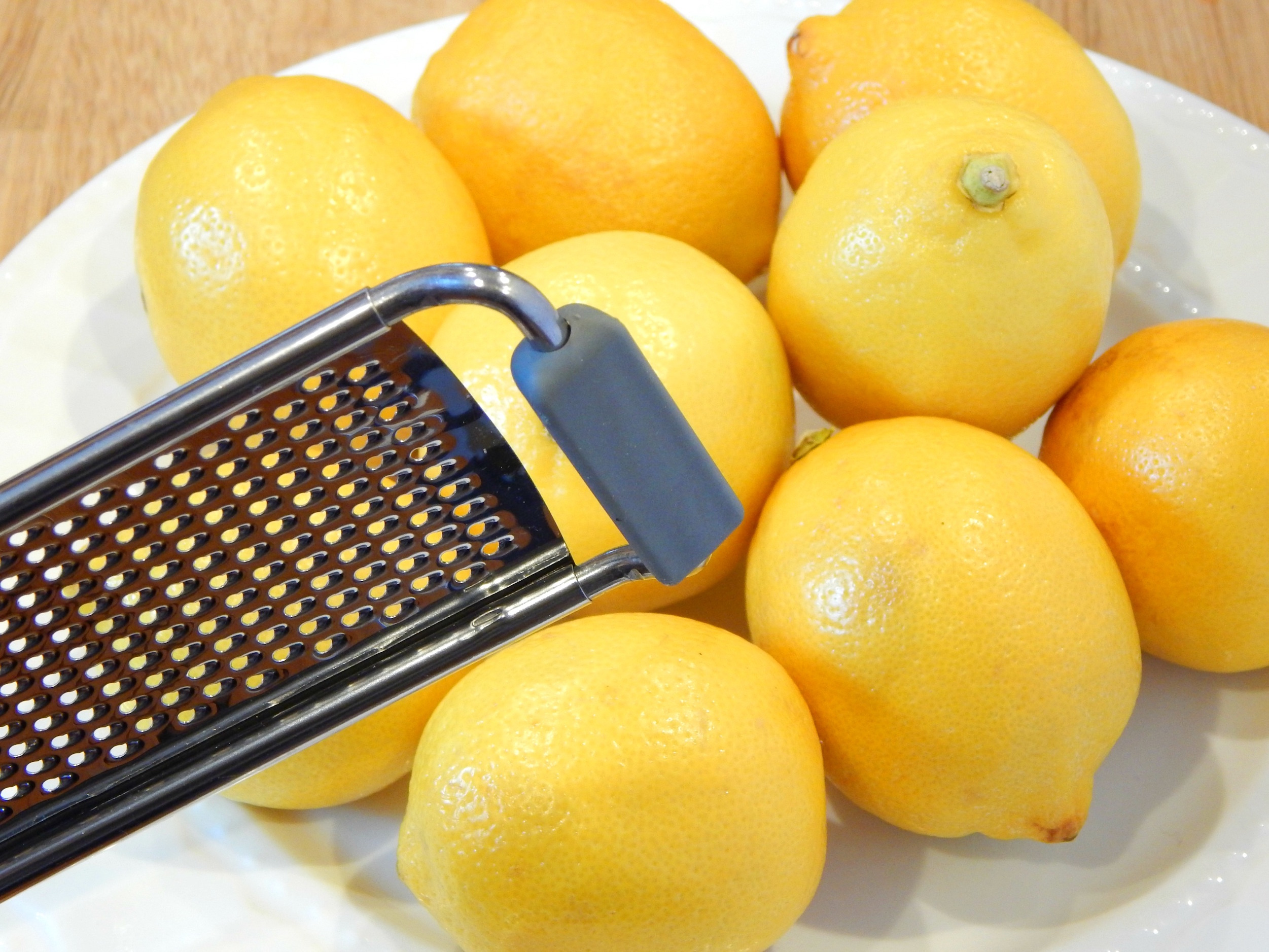 Plate of Lemons Base of Microplane Zester Grater from SugarBananas.com copy