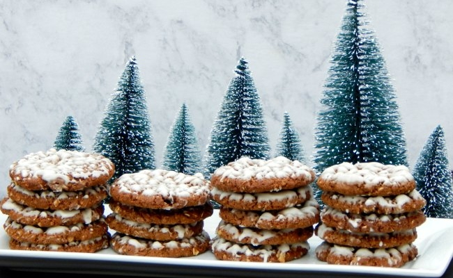 Piles of Iced Oatmeal Cookies on www.sugarbananas.com