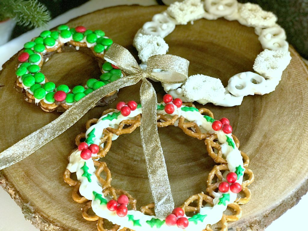 Holiday Food Gift Ideas from www.sugarbananas.com homemade chocolate pretzel wreath