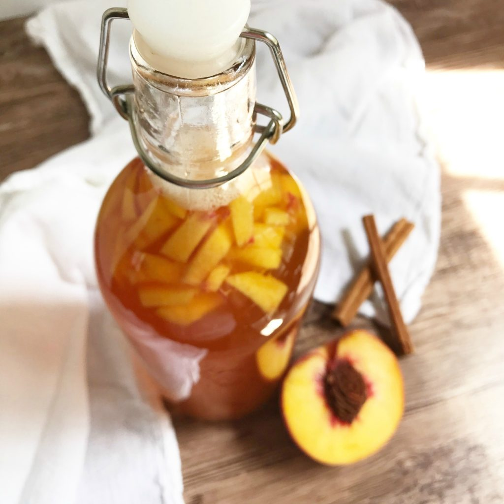 how to make kombucha sugarbananas bottled cinnamon peach
