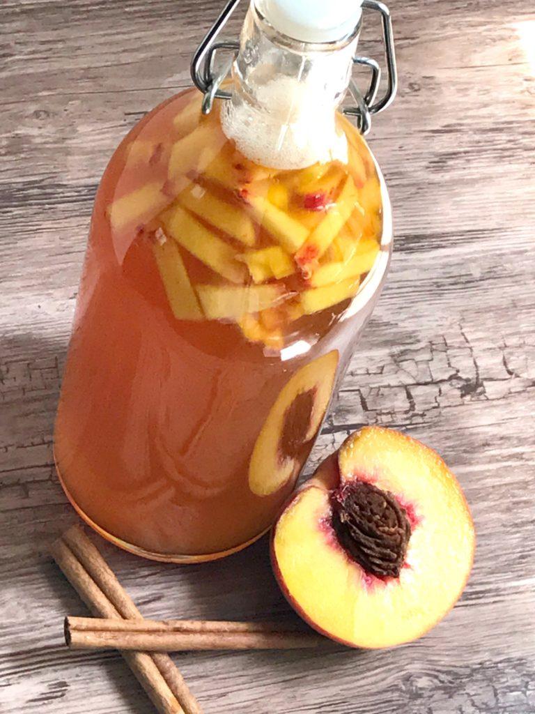 how to make kombucha sugarbananas cinnamon peach